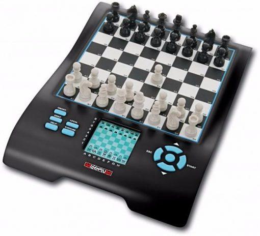 "Jeu d'Echecs Electronique ""Chess Master"""