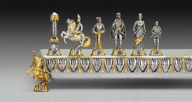 """Ensemble """"Renaissance Florentine"""" Echiquier et Jeu d'Echecs en Bronze, Onyx et Or 24 Carats"""