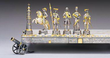 """Ensemble """"Pierre Ier Premier Empereur de Russie"""" Echiquier et Jeu d'Echecs en Bronze, Onyx et Or 24 Carats"""