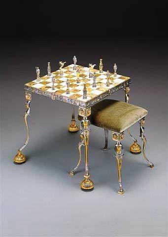 """Ensemble """"Ancienne Egypte"""" Table d'Echiquier et Jeu d'Echecs en Bronze, Onyx et Or 24 Carats"""