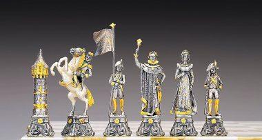 """Ensemble """"Napoléon Bonaparte et le Tsar Dimitri"""" Echiquier et Jeu d'Echecs en Bronze, Onyx et Or 24 Carats"""