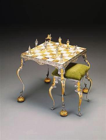 """Ensemble """"Napoléon Bonaparte Premier Empereur de France"""" Table d'Echiquier et Jeu d'Echecs en Bronze, Onyx et Or 24 Carats"""