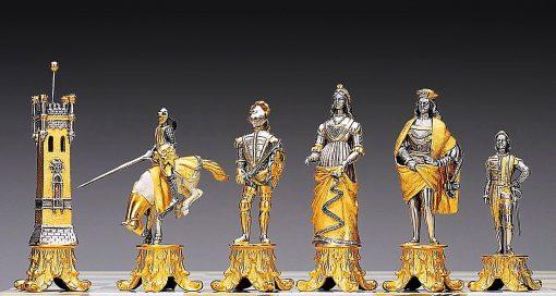 """Ensemble """"Medicis vs Pazzi"""" Table d'Echiquier carrée et Jeu d'Echecs en Bronze, Onyx et Or 24 Carats"""