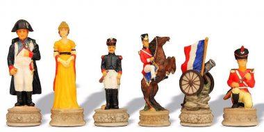 """Jeu d'Echecs en Résine """"Bataille de Waterloo"""""""